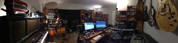 See how quickly I can give my studio that lived-in look! Just over a couple of weeks ago this was a bare room.